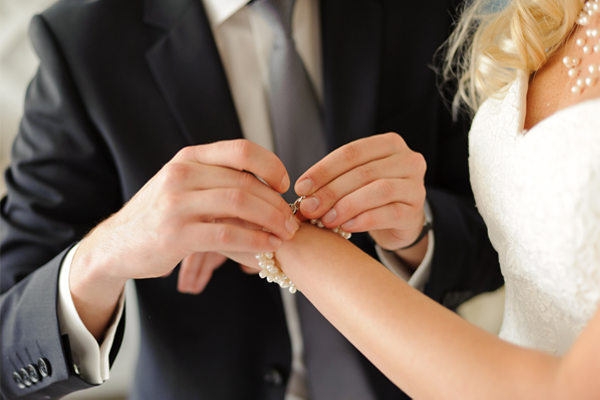 How to Get a When Will You Get Married Palm Reading NOW